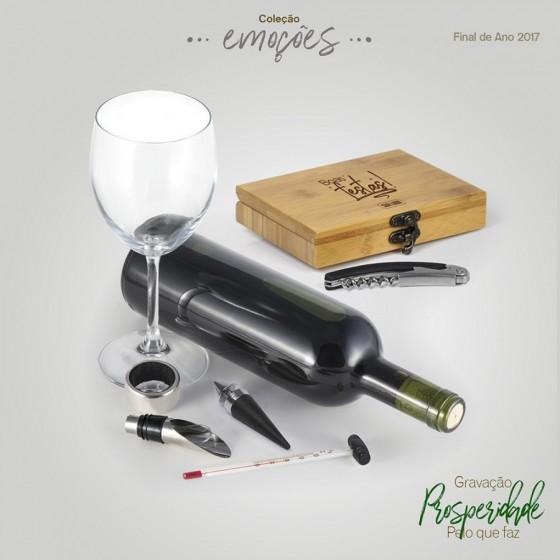 Acessórios para vinho com estojo em Bambu